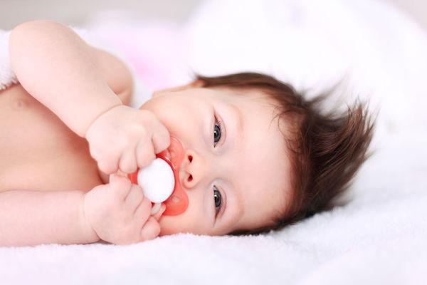 Como escolher a chupeta do bebê: dicas que realmente ajudam
