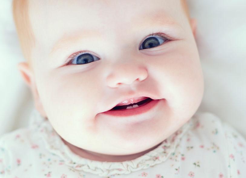 Nascimento dos dentes de leite: saiba o que esperar