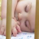 Bebê no berço ou no quarto da mãe: eis a questão!
