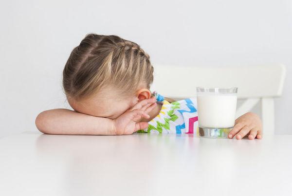 Alergia ao leite de vaca em bebê: guia essencial sobre APLV