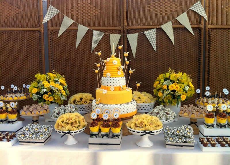 Festa da abelhinha: para quem ama o amarelo!