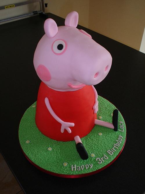 Fonte: http://www.peppapig-shopping.co.uk/peppapig-cakes.html