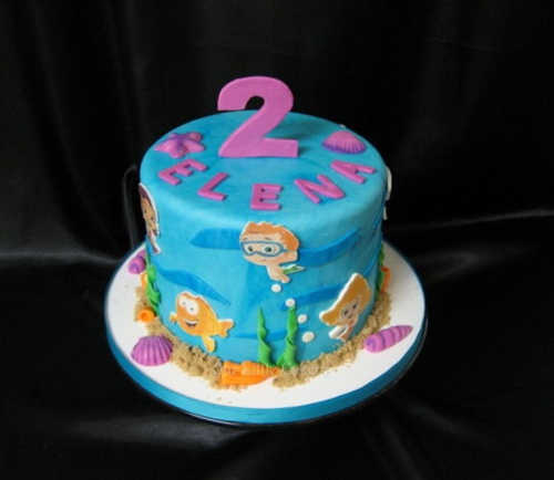Fonte: http://cakesdecor.com/cakes/95368-bubble-guppies-birthday-cake