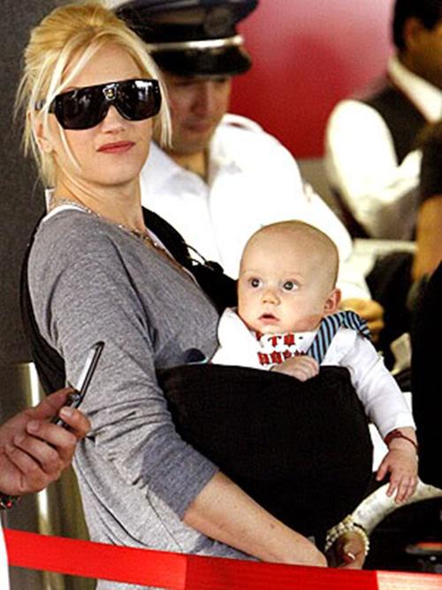 Gwen Stefani - http://www.hobomama.com