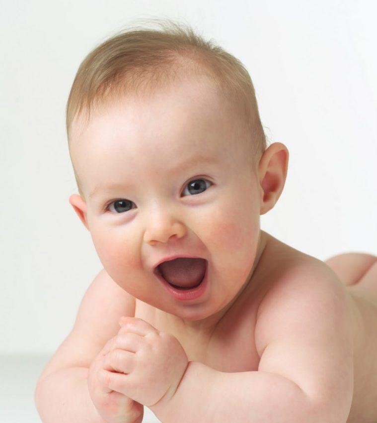 Os nomes de bebês que estão na moda