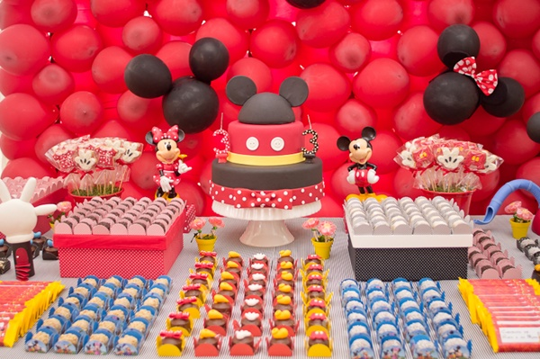http://www.festasdaju.com.br