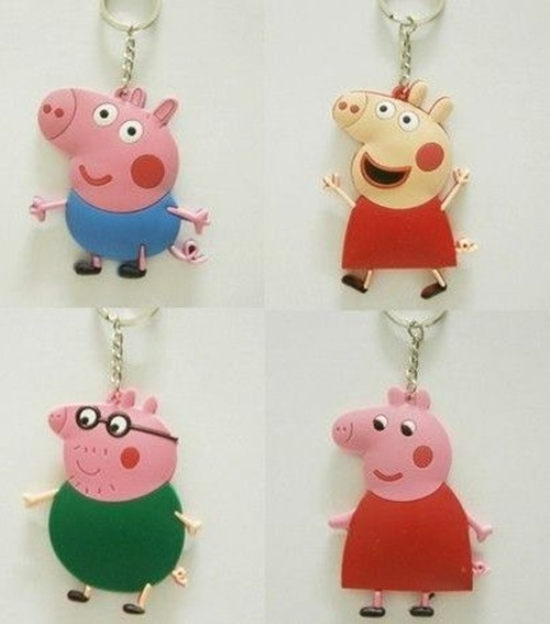 http://pt.aliexpress.com/item/40-Pcs-Lot-Peppa-Pig-George-Daddy-Grandpa-Rebecca-PVC-Keychains-Pendants-For-Kids-Gift-Free/1778256392.html
