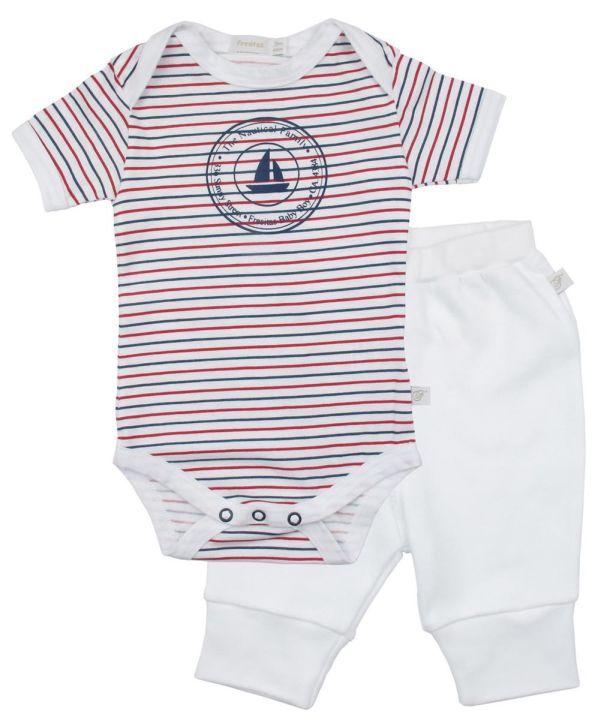 Peças de enxoval para bebês que nascem no calor!