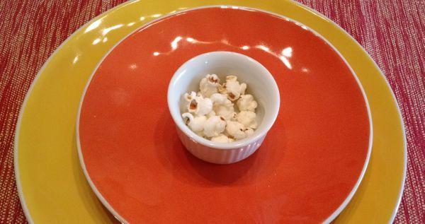 Como fazer pipoca no microondas – com milho comum e sem óleo!