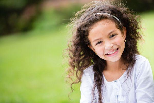 Dicas para cuidar de cabelos cacheados das crianças