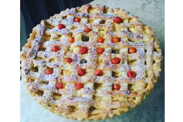 Receita fácil de torta de maçã (perfeita para as férias!)