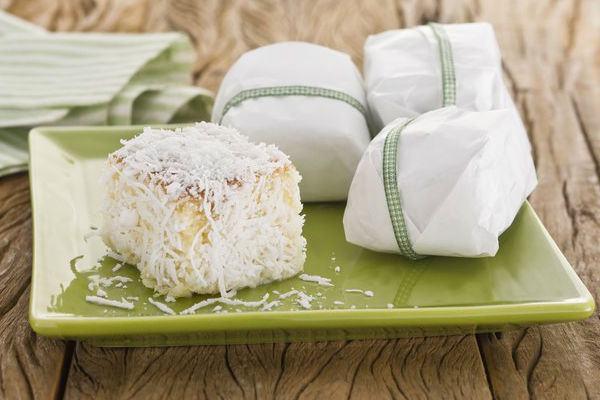 Receita de bolo gelado de coco: aprenda a fazer essa delícia!