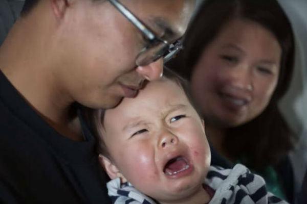 Agência aérea oferece desconto por choro de bebê em voo (fenomenal!)