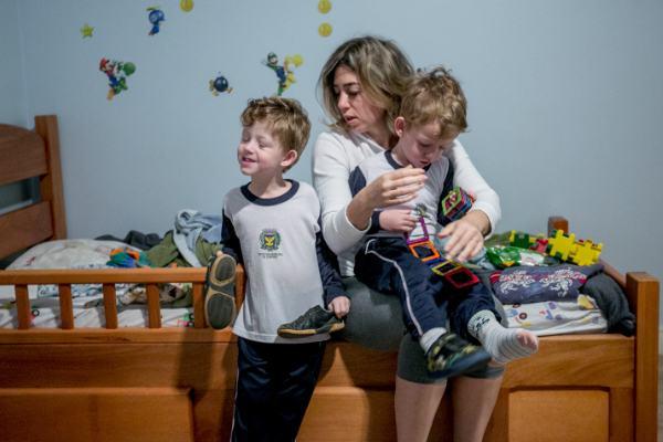 A rotina de uma mãe (de 7 filhos) em 14 imagens fantásticas