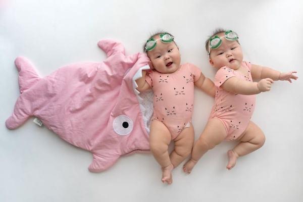 Os gêmeos mais fofos do mundo (com fotos para você reproduzir em casa!)