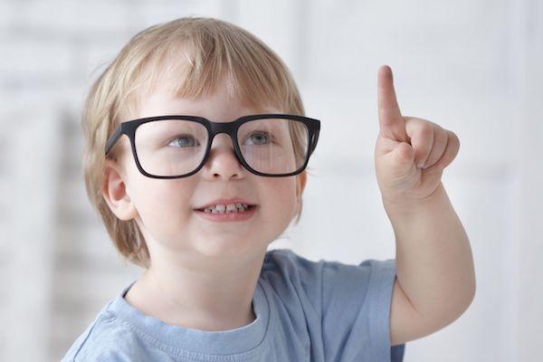 Miopia é mais comum em filhos mais velhos, aponta estudo