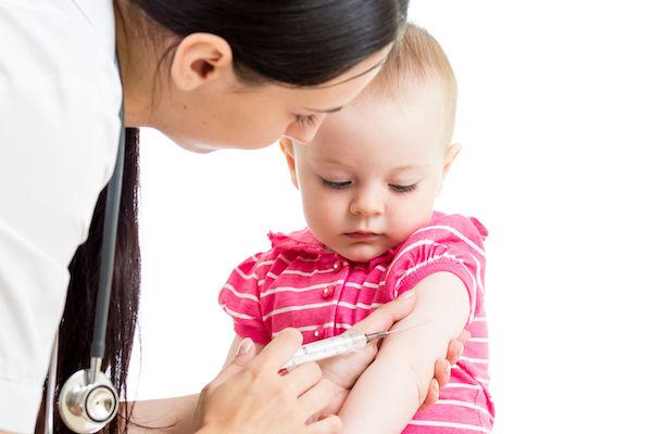 Vacinação em bebês e crianças: confira a lista completa de imunização de que seu filho precisa