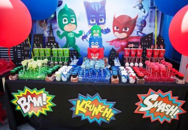 Festa PJ Masks: que tal fazer uma festa de super-herói para o seu filho?