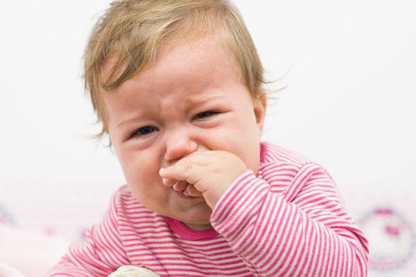 Afta infantil: o que é, o que causa e o que fazer para melhorar!