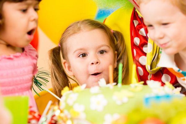 7 jeitos de baratear a festa do seu filho