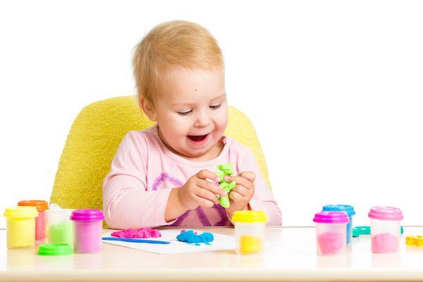 7 brincadeiras para crianças entre 18 e 24 meses (1 ano e meio e 2 anos)