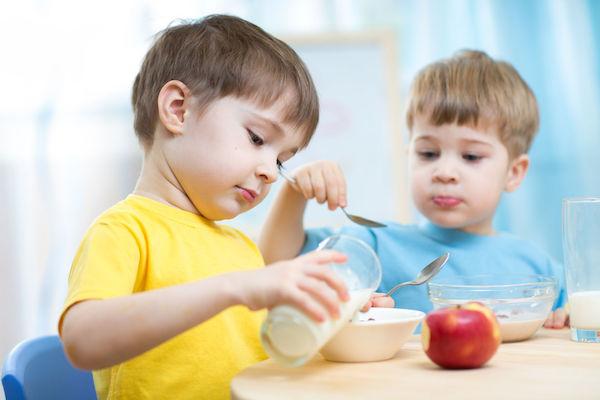 Ideias de cardápio de café da manhã e lanche saudáveis (para facilitar a vida das mães)