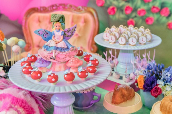 Uma festa Alice no País das Maravilhas que você não vai esquecer!