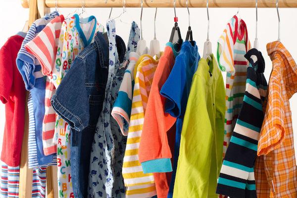 4 sites e apps para trocar e vender roupas do bebê