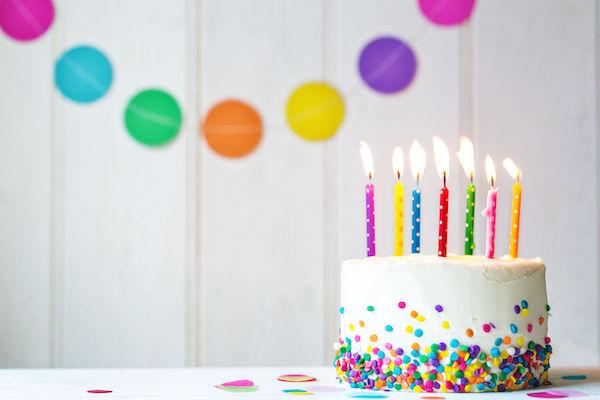 4 receitas fáceis de cobertura de bolo para fazer em casa!