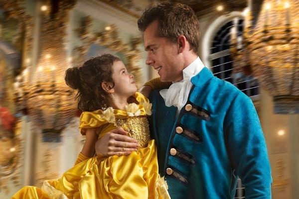 Pai e filha incorporam A Bela e A Fera em incrível ensaio de fotos