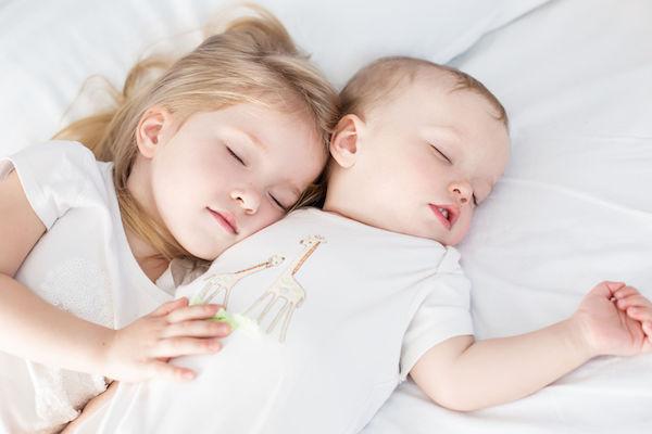 Qual é o melhor colchão para crianças e bebês? Saiba como escolher!