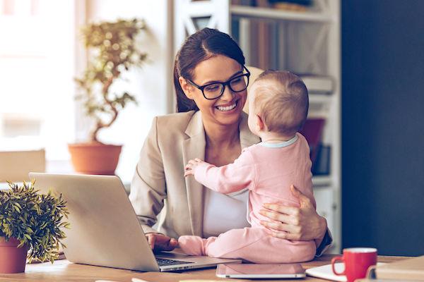 Salário-maternidade agora pode ser solicitado em cartório