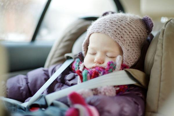 10 cuidados que os pais devem ter com os bebês no inverno