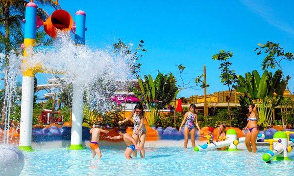 Parque aquático: hotéis que têm, com preços imperdíveis!
