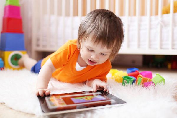 Como diminuir o tempo de TV (e tablet, celular) melhorou a concentração da minha filha