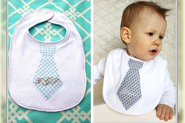 7 utensílios que você pode personalizar com nome do bebê