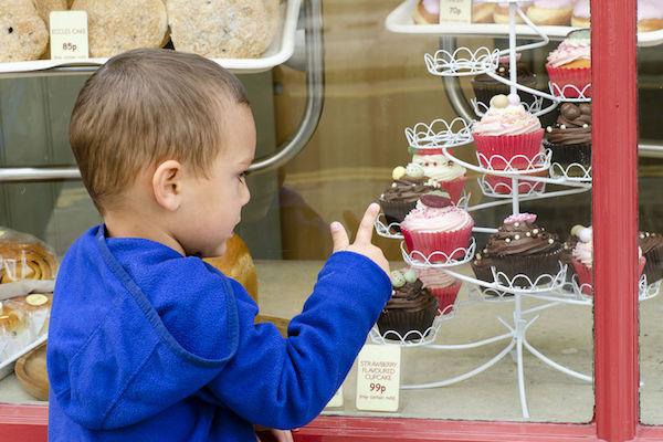 Estudo aponta relação entre consumo excessivo de açúcar e mau comportamento