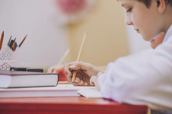 7 maneiras de ajudar seu filho nas provas