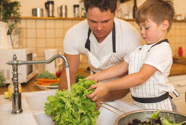Cozinha segura: 5 medidas eficientes contra a intoxicação alimentar