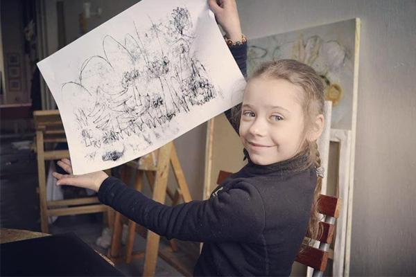 Brincadeira para o frio: aprendendo a fazer arte com monotipia!