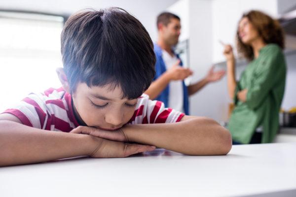 mau comportamento de criança