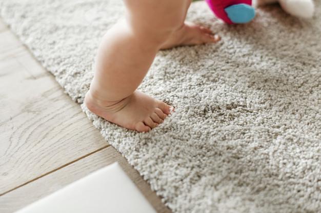Quando o bebê começa a andar?