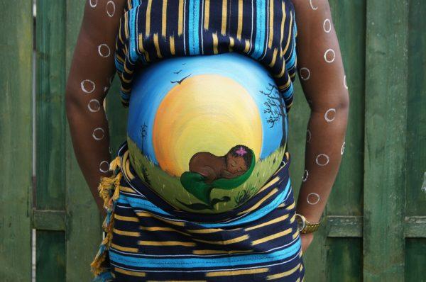 pintura da barriga na gravidez